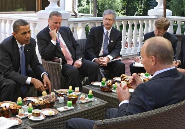 Những cuộc gặp đáng nhớ giữa ông Putin và ông Obama ảnh 1