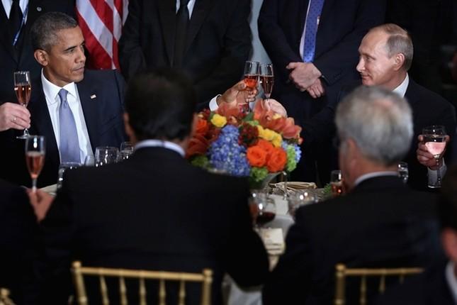 Những cuộc gặp đáng nhớ giữa ông Putin và ông Obama ảnh 5