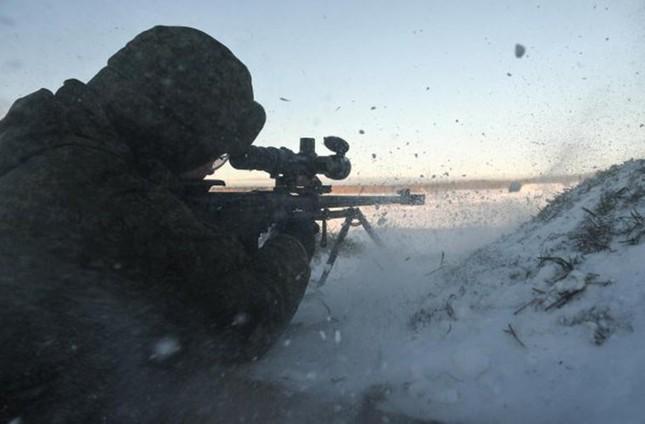 Kinh hãi với uy lực súng trường bắn tỉa xuyên giáp của Nga ảnh 6