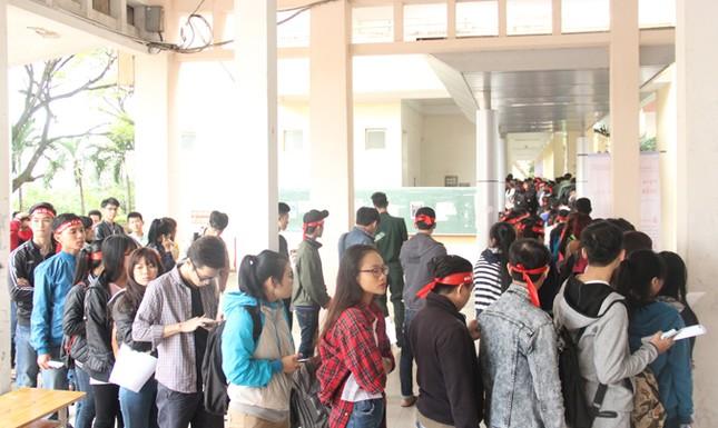 Chủ Nhật Đỏ ở Đà Nẵng: 'Đó là yêu thương...' ảnh 1