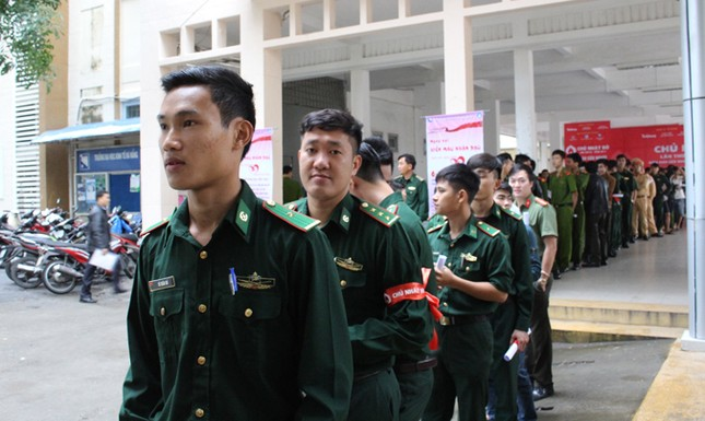 Chủ Nhật Đỏ ở Đà Nẵng: 'Đó là yêu thương...' ảnh 2