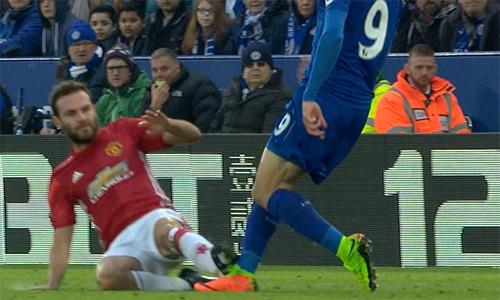 Mourinho: 'Tất cả đều chống lại Man Utd' ảnh 1