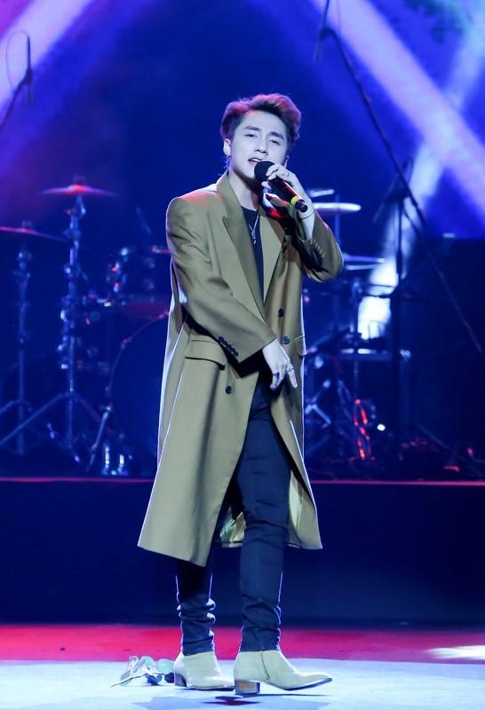 Sơn Tùng M-TP - ca sĩ Việt đầu tiên tổ chức họp fan ở Hàn Quốc ảnh 2