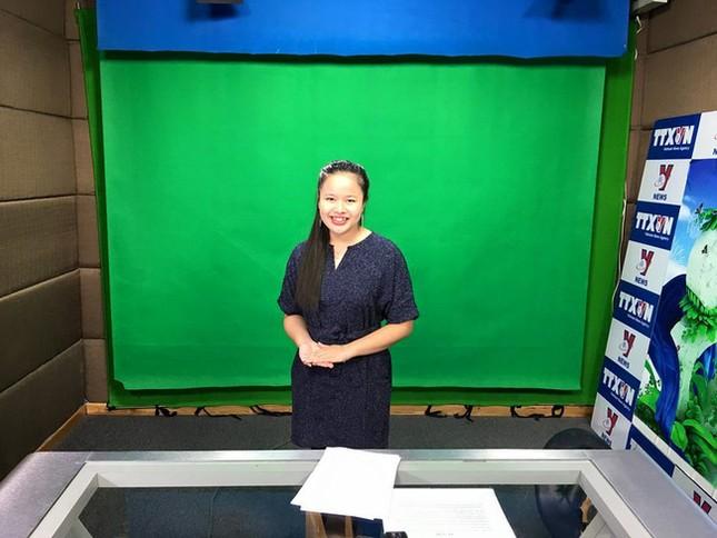 Nữ MC khiếm thị đầu tiên dẫn chương trình thực tế ảnh 16