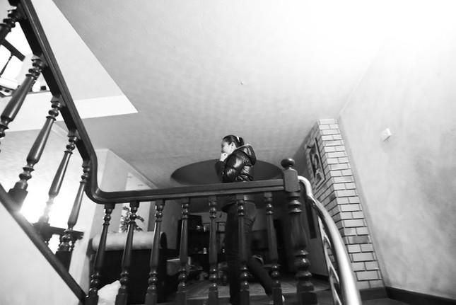 Nữ MC khiếm thị đầu tiên dẫn chương trình thực tế ảnh 9