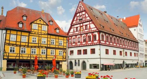 Thị trấn nổi tiếng vì chứa 72.000 tấn bụi kim cương ảnh 5
