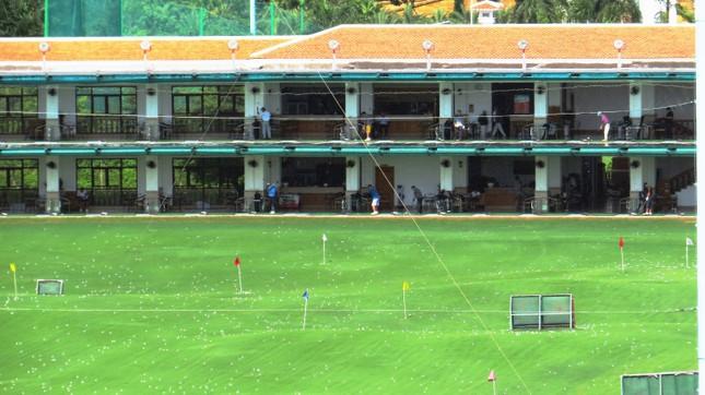 Bên trong sân golf sát đường băng Tân Sơn Nhất ảnh 9