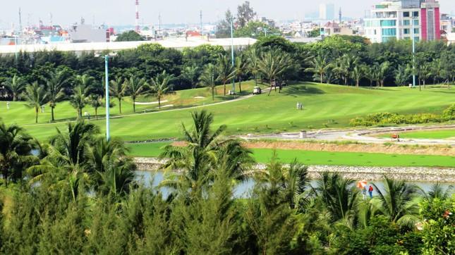 Bên trong sân golf sát đường băng Tân Sơn Nhất ảnh 11