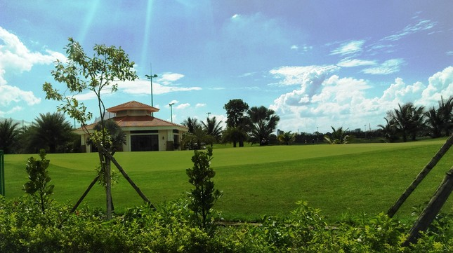 Bên trong sân golf sát đường băng Tân Sơn Nhất ảnh 13