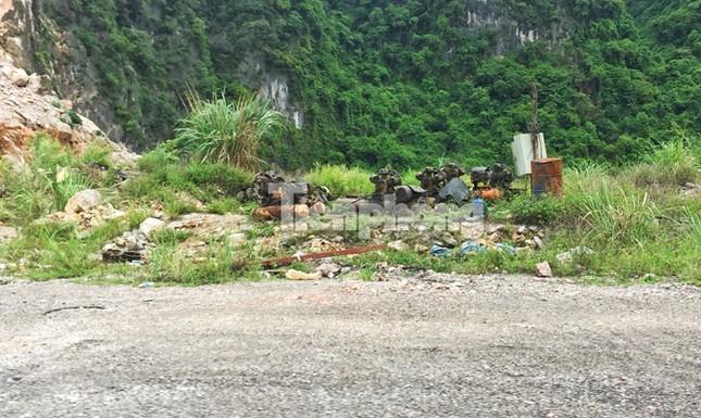 Cận cảnh bãi khai thác 'xẻ thịt' núi đá vịnh Hạ Long ảnh 5