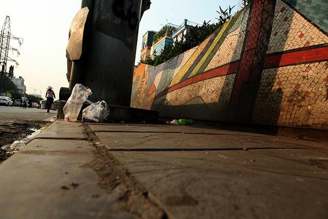 Hình ảnh mới nhất của con đường gốm sứ lập kỉ lục Guinness sắp được 'đại tu' ảnh 14