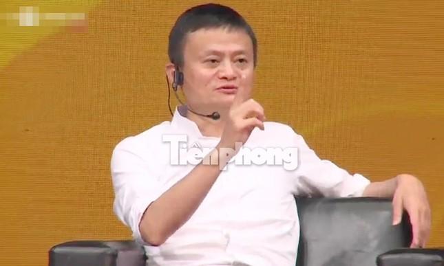 Tỷ phú Jack Ma chúc giới trẻ Việt Nam luôn tiến về phía trước ảnh 26