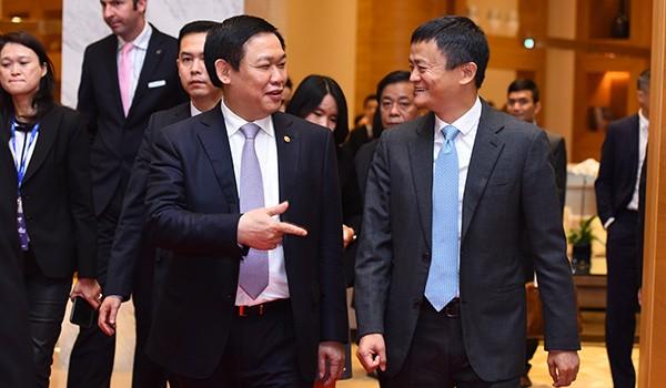 Tỷ phú Jack Ma chúc giới trẻ Việt Nam luôn tiến về phía trước ảnh 32