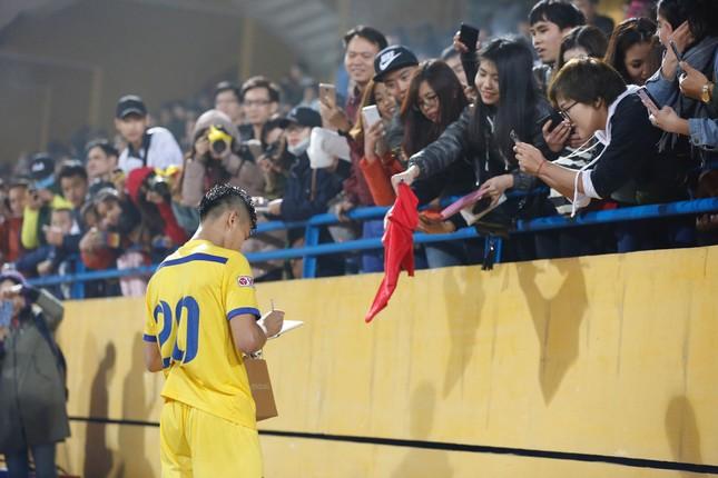 TOÀN CẢNH: Quảng Nam thắng SLNA, lần đầu đoạt Siêu cúp ảnh 33