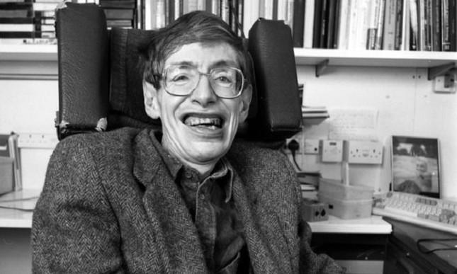Những dấu mốc trong cuộc đời ông hoàng vật lý Stephen Hawking ảnh 3