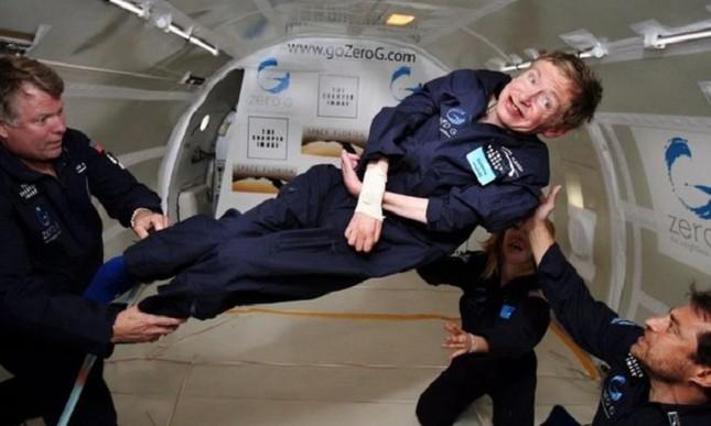 Những dấu mốc trong cuộc đời ông hoàng vật lý Stephen Hawking ảnh 5