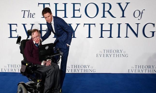 Những dấu mốc trong cuộc đời ông hoàng vật lý Stephen Hawking ảnh 8