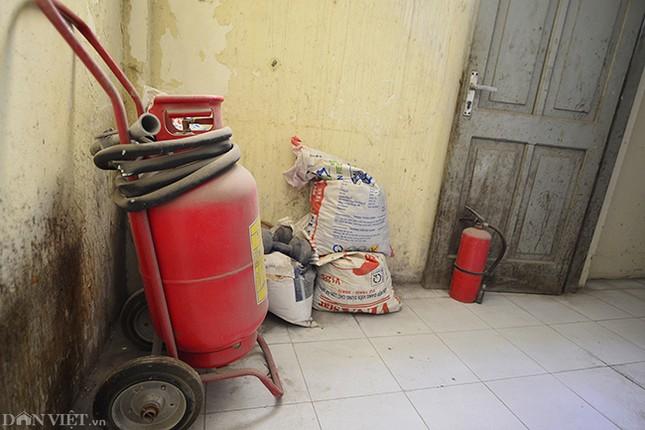 Nhếch nhác khu tái định cư ở Hà Nội: Chuồng gà, 'chuồng cọp' đua mọc ảnh 10