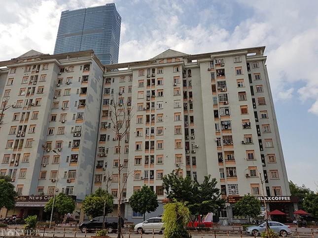 Nhếch nhác khu tái định cư ở Hà Nội: Chuồng gà, 'chuồng cọp' đua mọc ảnh 11