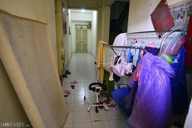 Nhếch nhác khu tái định cư ở Hà Nội: Chuồng gà, 'chuồng cọp' đua mọc ảnh 5