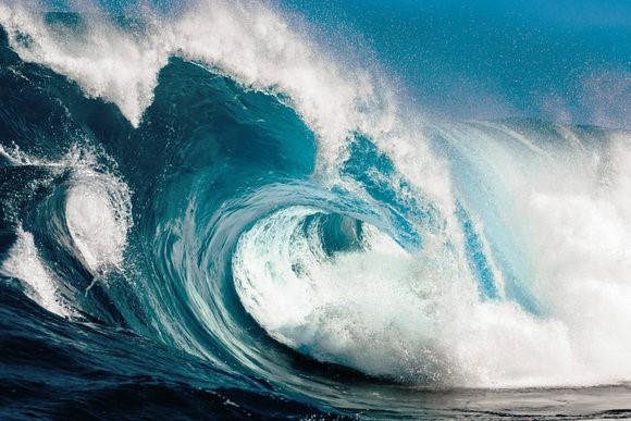 Kinh hoàng những con sóng 'ma' nuốt trọn tàu thuyền ảnh 6