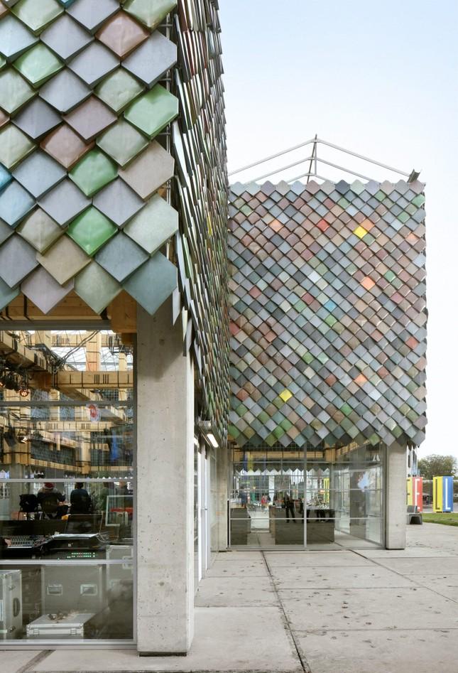 Ngôi nhà bằng vật liệu tái chế từ rác, đẹp và phá cách ít ai ngờ tới ảnh 4