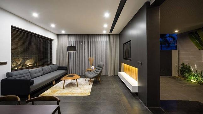 Kiểu biệt thự 3 tầng mới lạ có vẻ đẹp 'thôi miên' ảnh 2