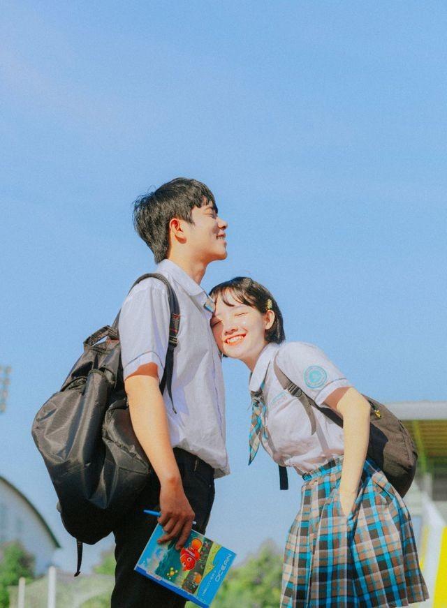 Bộ ảnh chuyện tình 'gà bông' đẹp trong veo của cặp đôi Đồng Nai ảnh 4