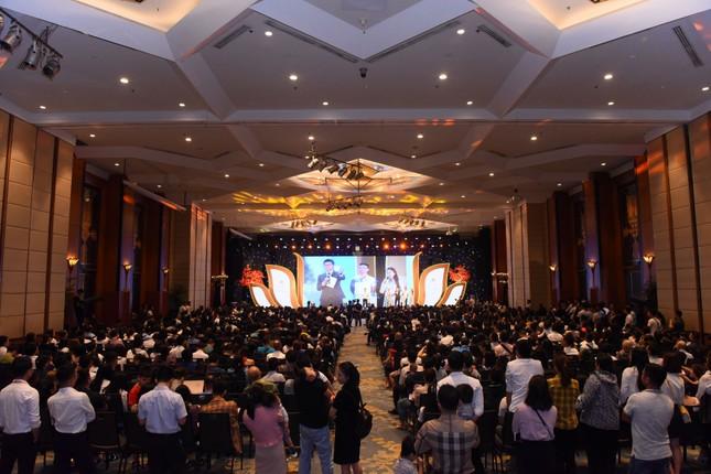 Hàng ngàn cư dân Imperia Sky Garden đã tham dự 'Đại lễ tri ân' ảnh 6