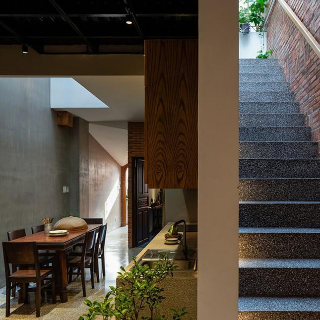 Vợ chồng Việt sửa nhà cấp 4 cũ thành nơi ở đẹp đến mức báo Mỹ cũng phải khen ảnh 17