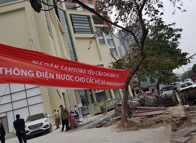 Cận Tết, cư dân Samsora Premier căng băng rôn tố bị 'đuổi' khỏi nhà ảnh 1