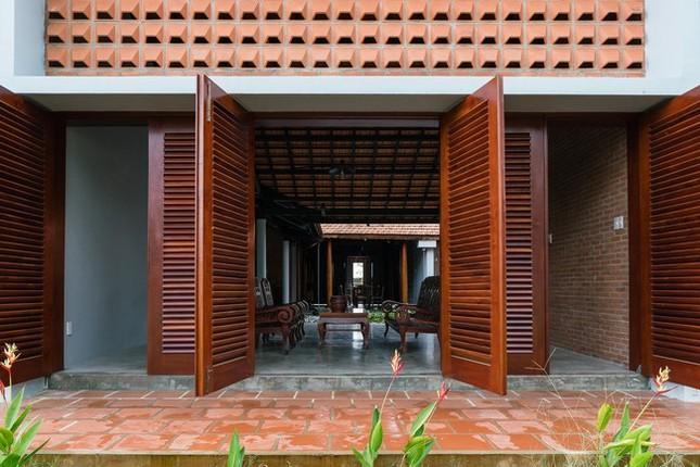 Chán nhà tầng, vợ chồng Việt xây nhà 2.000m2 như nhà 'điền chủ' ảnh 6