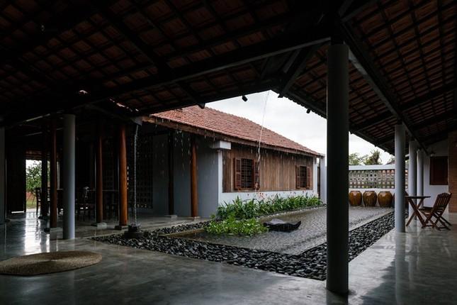 Chán nhà tầng, vợ chồng Việt xây nhà 2.000m2 như nhà 'điền chủ' ảnh 8