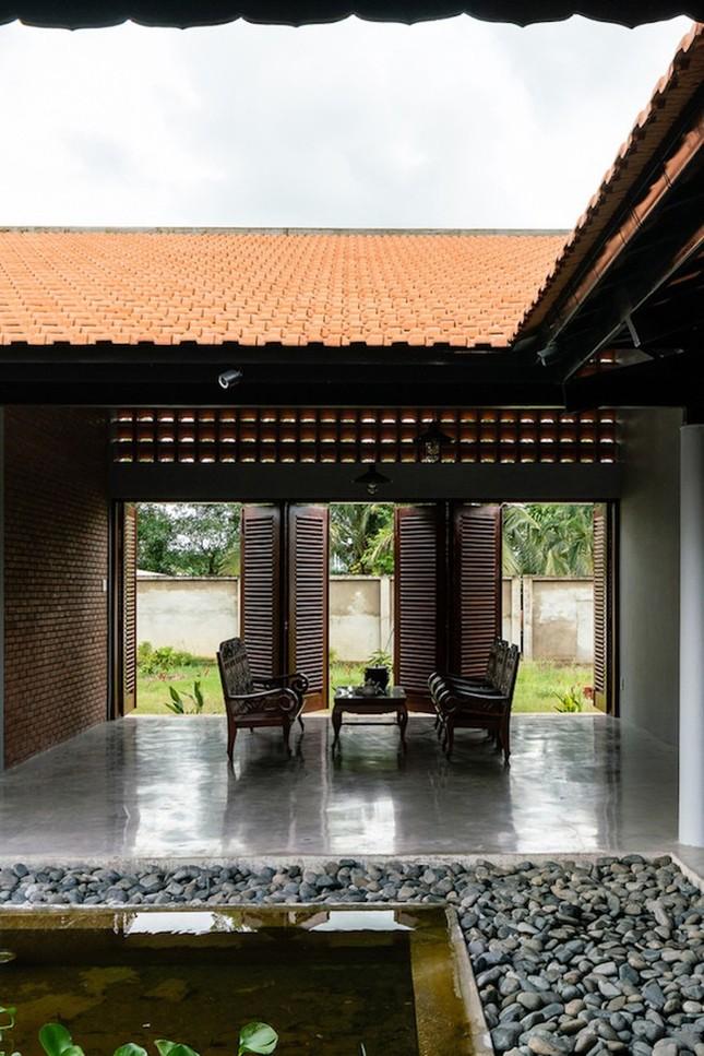 Chán nhà tầng, vợ chồng Việt xây nhà 2.000m2 như nhà 'điền chủ' ảnh 9