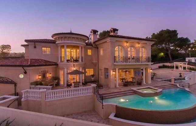 Có gì trong những ngôi nhà 100 triệu USD trên khắp thế giới? ảnh 8