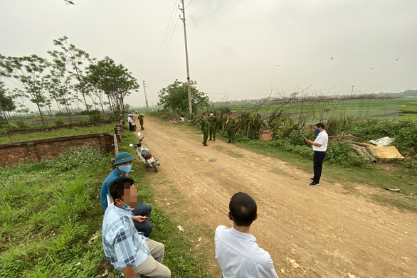 Sau sốt nóng, 'chợ bất động sản' ở Thạch Thất bị chính quyền 'giải tán' ảnh 4