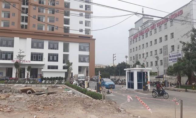 Cận cảnh khu chung cư bị đề nghị thanh tra vì làm 'mất' đường đi ở Hà Nội ảnh 3
