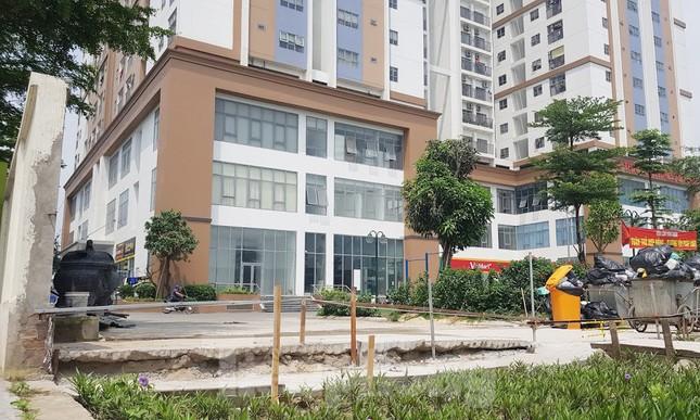 Cận cảnh khu chung cư bị đề nghị thanh tra vì làm 'mất' đường đi ở Hà Nội ảnh 11