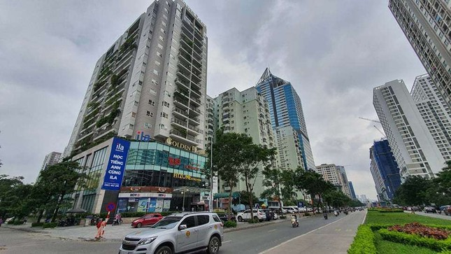 Cận cảnh khu đất công làm bãi xe 'biến hình' thành cao ốc ở Hà Nội ảnh 8