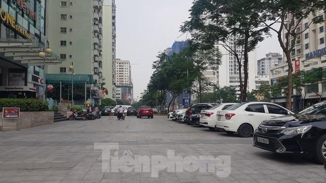 Cận cảnh khu đất công làm bãi xe 'biến hình' thành cao ốc ở Hà Nội ảnh 12