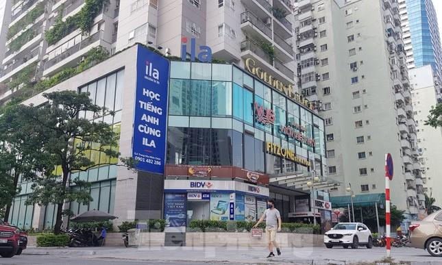 Cận cảnh khu đất công làm bãi xe 'biến hình' thành cao ốc ở Hà Nội ảnh 6