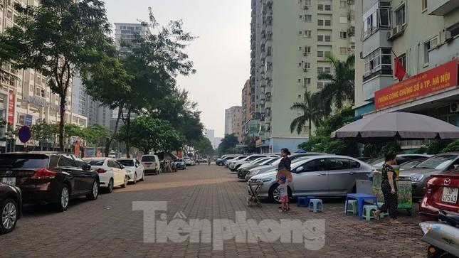 Cận cảnh khu đất công làm bãi xe 'biến hình' thành cao ốc ở Hà Nội ảnh 15