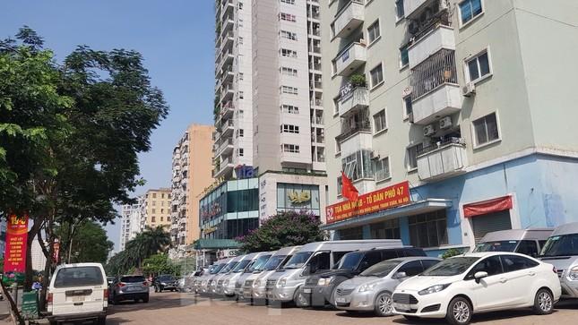 Cận cảnh khu đất công làm bãi xe 'biến hình' thành cao ốc ở Hà Nội ảnh 13