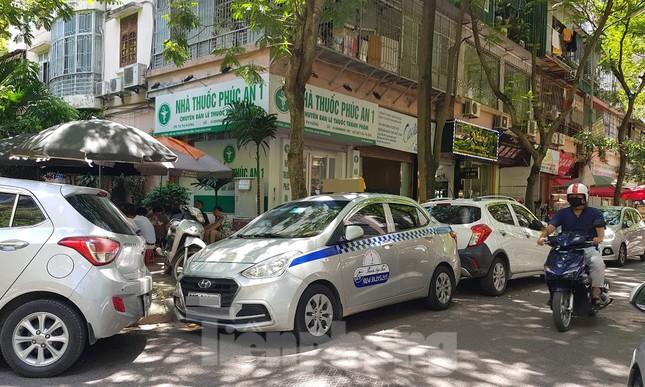 Nhà tái định cư bị 'xẻ thịt' kinh doanh ở Hà Nội: Lệnh cấm khó khả thi ảnh 5