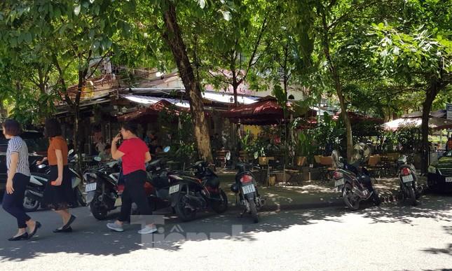 Nhà tái định cư bị 'xẻ thịt' kinh doanh ở Hà Nội: Lệnh cấm khó khả thi ảnh 9