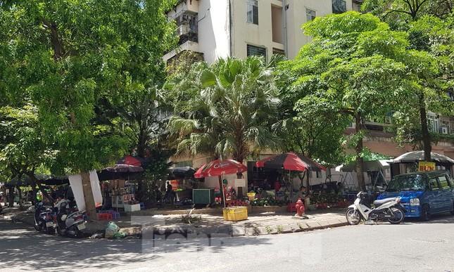 Nhà tái định cư bị 'xẻ thịt' kinh doanh ở Hà Nội: Lệnh cấm khó khả thi ảnh 4