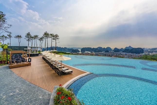 Trải nghiệm Yoga khác biệt tại những khu nghỉ dưỡng hàng đầu Việt Nam ảnh 1