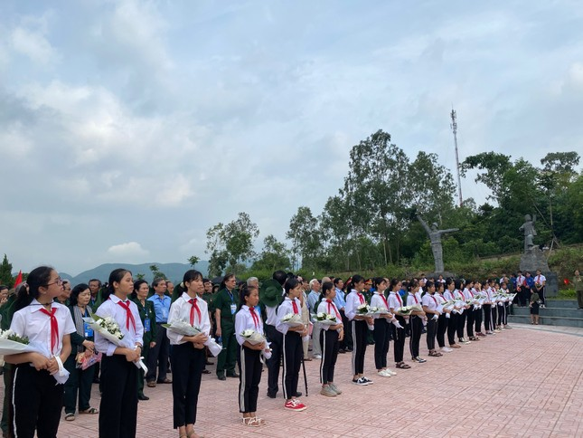 Kỷ niệm 70 năm ngày thành lập Đội Thanh niên Xung phong đầu tiên ảnh 2