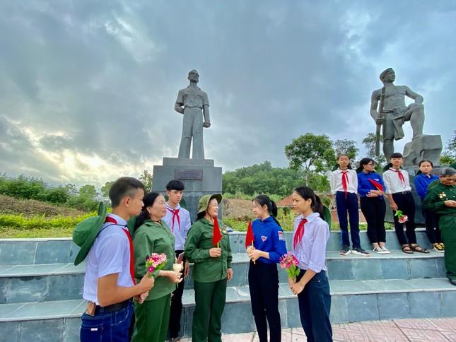 Kỷ niệm 70 năm ngày thành lập Đội Thanh niên Xung phong đầu tiên ảnh 12
