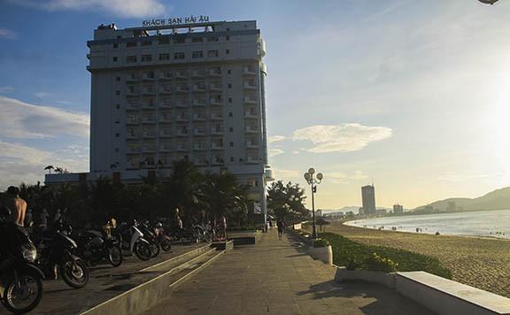 Bình Định: Loạt khu đất 'vàng' được giao làm khách sạn, cao ốc gây xôn xao ảnh 1